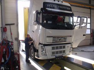 Evaluation des risques professionnels pour les marchands réparateurs de véhicules industriels lourds